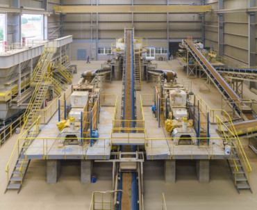 Verea invests 600.000 euros in a new clay mill to reduce water absorption and increase the strength of the tiles