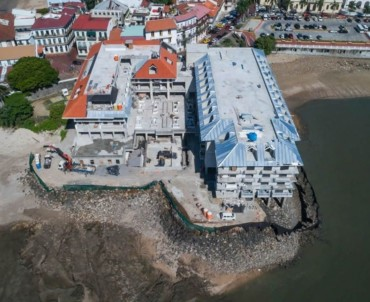 Galician roof tile conquers Panama