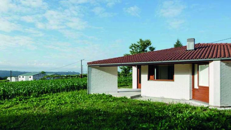 Mejora la eficiencia energética de tu vivienda renovando el tejado y ahorra con las ayudas de la Xunta de Galicia
